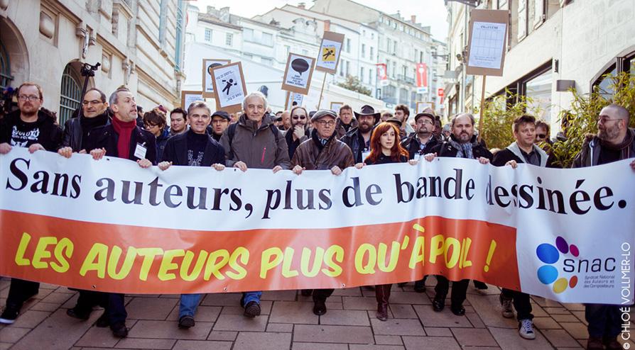 Manifestation des auteurs à Angoulême en janvier 2015 - Photo © Chloé Vollmer-Lo